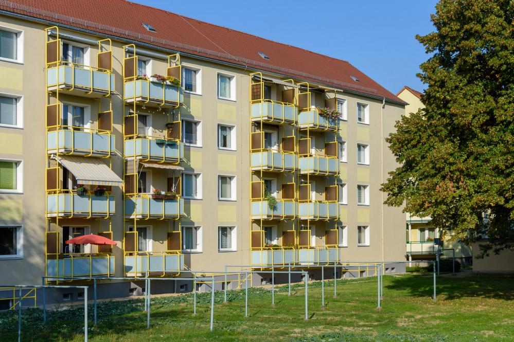 J.-R.-Becher-Str. 2-8
