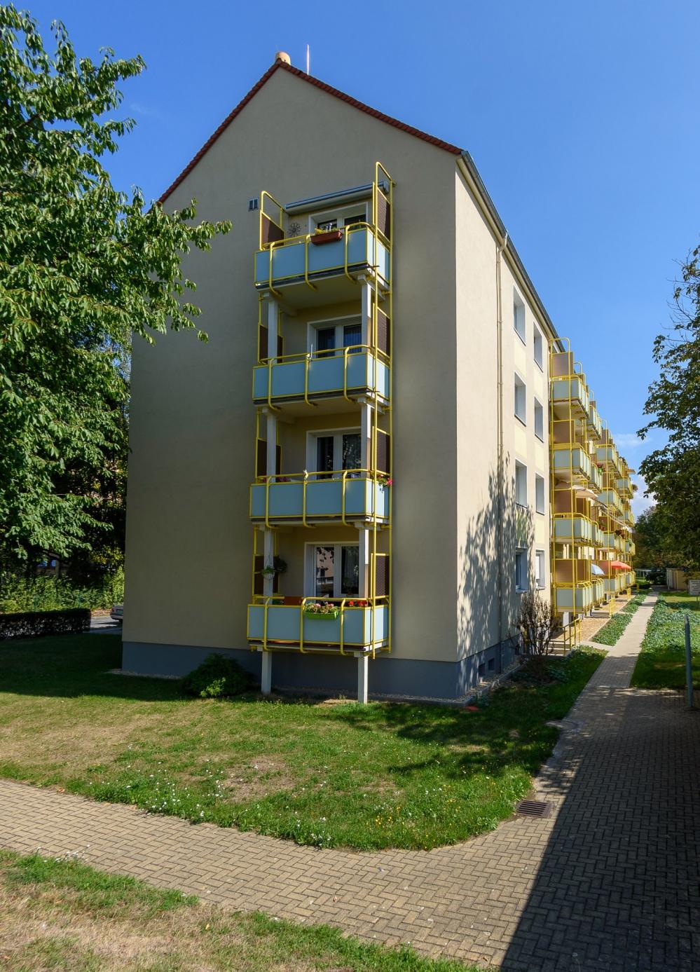 J.-R.-Becher-Straße 2-8